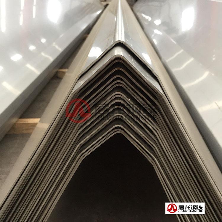 污水处理设备中的三相分离器不锈钢折弯加工