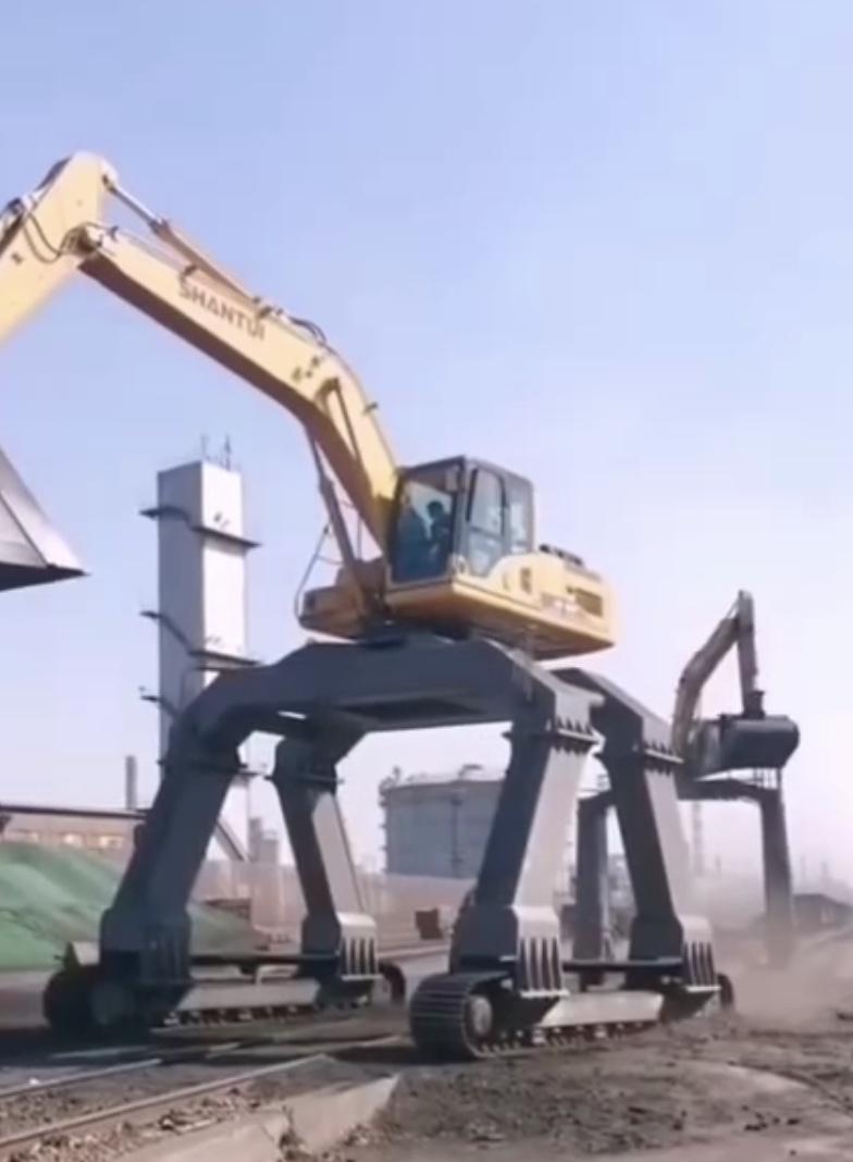 挖掘机长腿改装件定制加工